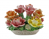 10X7 ROSES IN OVAL BASKET
